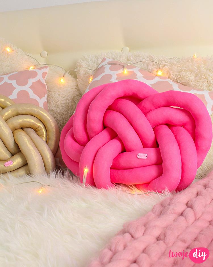 DIY pillow knot