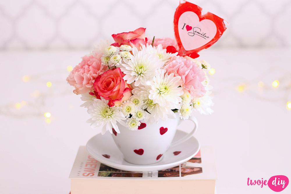 Kwiaty w filiżance