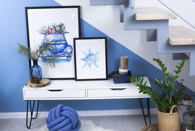 w niebieskim domu