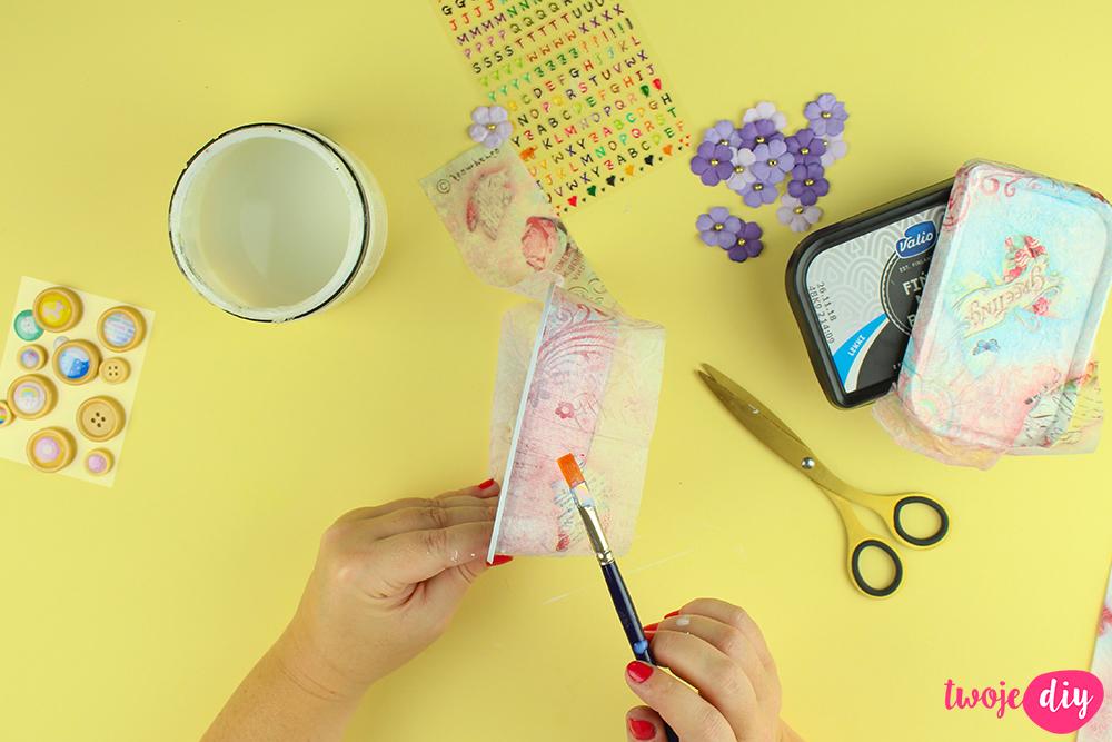 Co zrobić z plastikowych opakowań