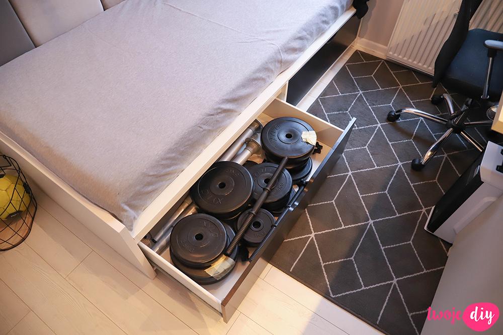 Minimalistyczny pokój nastolatka